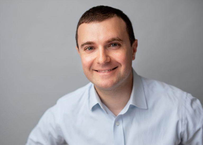 Vladimir Galperin - Controller